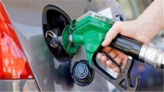 مصر تقرر رفع أسعار البنزين.. وزير البترول يكشف التفاصيل