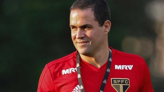 """مدرب البرازيل الأولمبي عن مواجهة مصر: """"لم يعد هناك حمقى في كرة القدم"""""""
