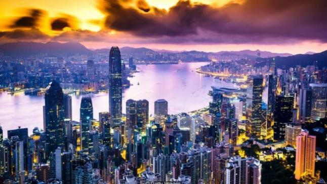 واشنطن تحذر شركاتها من العمل في هونغ كونغ بسبب الصين